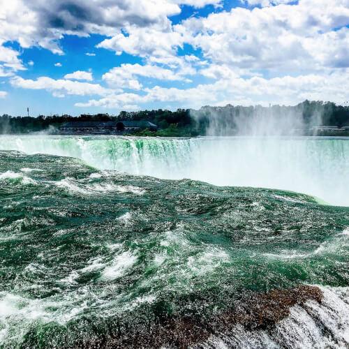 Niagara-Falls-Edge