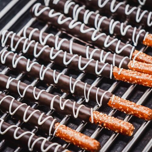 Robins-Confections-Chocolate-Pretzels