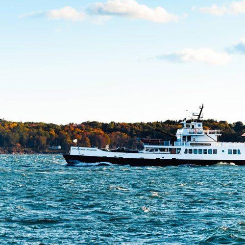 Rockland-Breakwater-Ferry-Macro