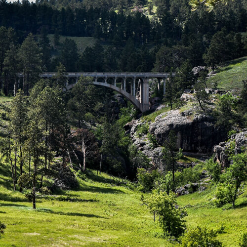 Wind-Caves-National-Park-Bridge
