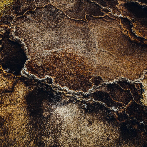 Yellowstone-Abstract-Brown